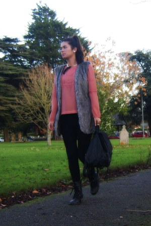 salmon salmon new look blouse - rocker c&a boots - backpack BLANCO bag