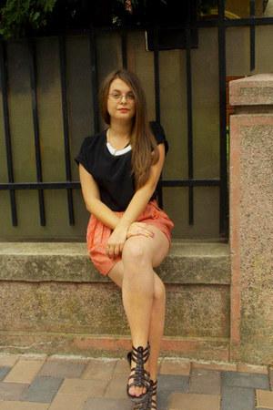 roman sandals - colorful loose warehouse shorts