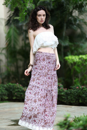 maroon Let them stare skirt - white Forever 21 top