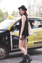 black wwwletthemstarecom top - black Zara boots - black Zara boots