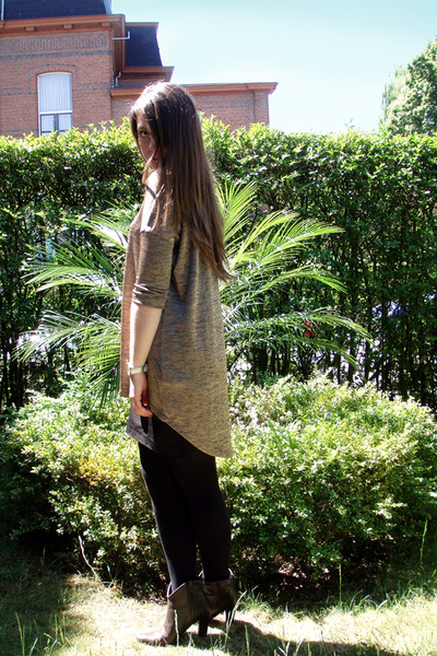 gold Vero Moda dress - black H&M skirt - black Wolford stockings - brown Luna bo