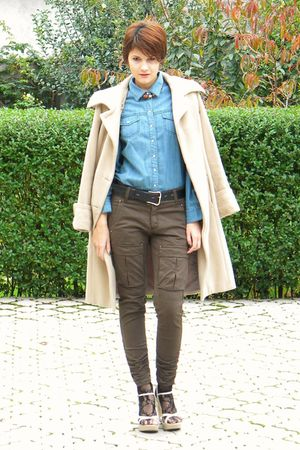 beige Otto Herman coat - blue etam shirt - brown Stradivarius pants - black rand