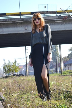 black Missguided skirt - navy BBup boots - forest green H&M shirt