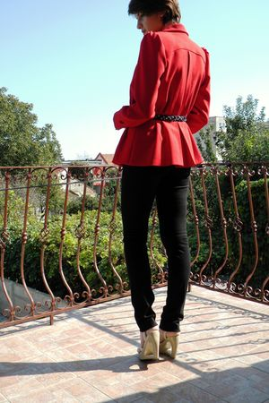 red tailor made blazer - white Zara top - black Otto Herman leggings - beige Ald