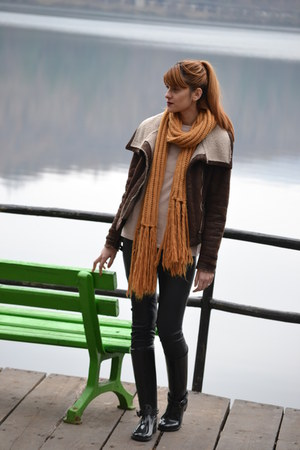 dark brown pull&bear jacket