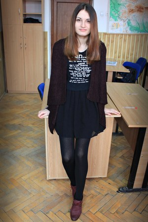 brick red H&M cardigan - brick red Leonardo boots - black Stradivarius dress