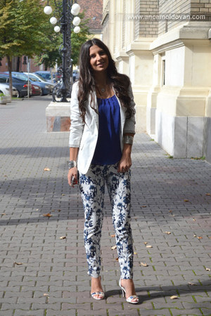 navy Orsay pants - white Bershka blazer - navy Zara top - white new look sandals