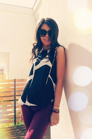 black H&M sunglasses - black Zara top - red bracelet - brick red pants