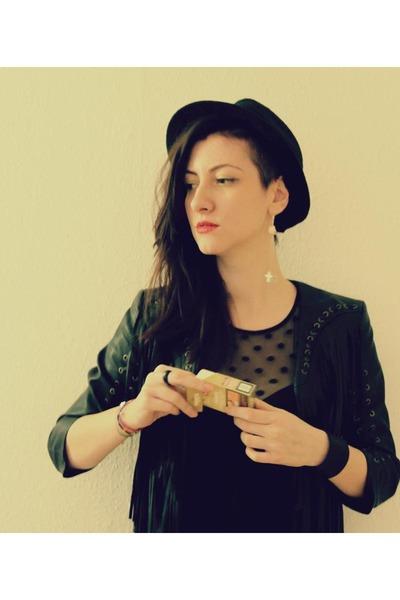 black Promod hat - black H&M jacket - black Oysho top - black H&M bracelet