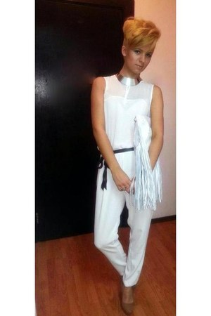 Zara bag - Zara suit - Bershka heels