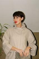 beige vintage jacket - silver vintage bag