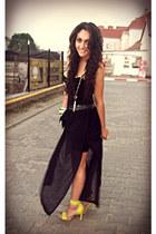 yellow H&M sandals - black H&M skirt - black Nelly t-shirt
