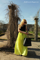 neon yellow Mango skirt - black Mango bag - Mango sunglasses
