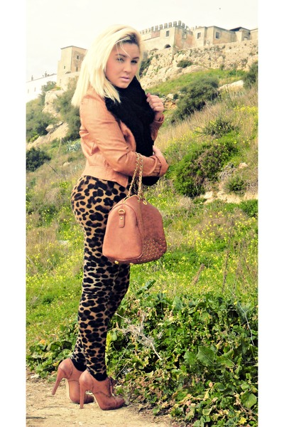 bronze leopard print leggings
