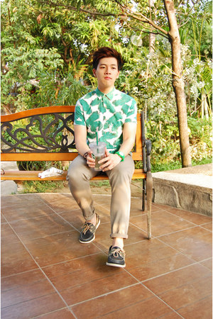 green Topman shirt - dark green Sebago shoes - tan Topman pants