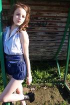 blue Vila belt - black Din Sko shoes - blue shorts - blue blouse - white accesso