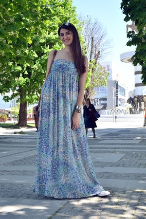 blue peacock print Koton dress - bronze Bershka bag - white Converse sneakers