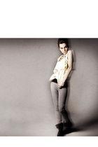 silver Paige Denim 13900 leggings - yellow SENECA RISING tank 8800 top - black e