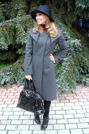 charcoal gray Max Mara coat - black Giorgio Armani hat - maroon Uniqlo sweater
