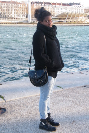 black Cop-copine coat - black H&M scarf - black Primark bag - black handmade acc