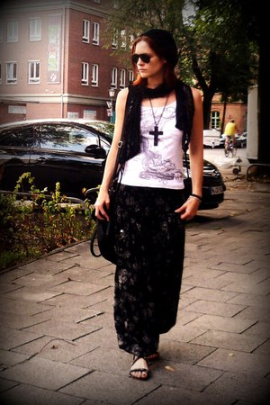 black FashionClub bag - dark gray Tollwood pants - white dateless top