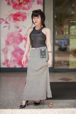 black top - heather gray skirt
