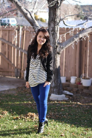 blue American Eagle pants - black Urban Outfitters jacket