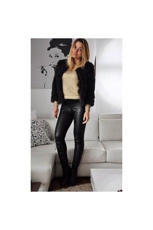 gold metallic gold H&M sweater - black Zara boots - black fluffy H&M jacket