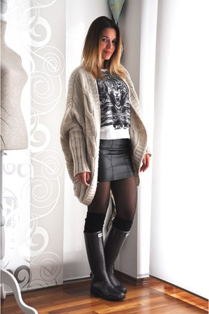 knitted Bershka cardigan - Guess boots - Tally Weijl sweater
