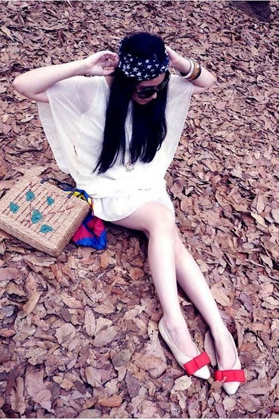 vintage-diy Nordstrom flats - kimono dress dress - wooven Esprit bag