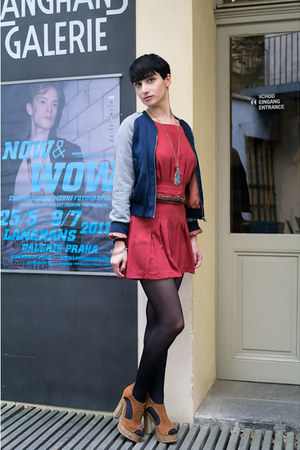 navy H&M jacket - ruby red romwe shorts - turquoise blue romwe necklace - crimso