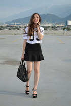 black leather bag Michael Kors bag - white Forever 21 shirt