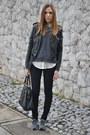 Black-black-jeans-h-m-jeans-white-white-shirt-forever-21-shirt