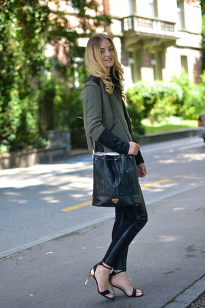 Zara jacket - Maison Mollerus bag - Zara heels - Zara pants - Zara t-shirt