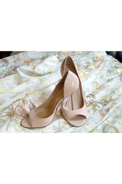 neutral Aldo heels