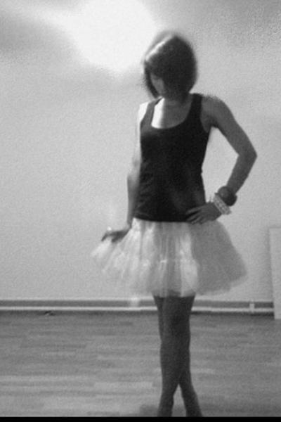 Tally Weijl top - H&M kids corner skirt