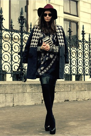charcoal gray monochrome romwe jumper - dark gray houndstooth OASAP coat