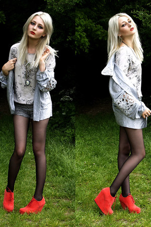 silver vintage blazer - off white vintage shirt