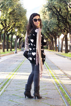 heather gray SISI leggings - pink benetton scarf