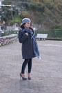 Heather-gray-verysimple-coat-silver-conbipel-hat-heather-gray-sisi-leggings