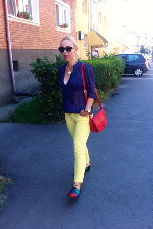 Zara jeans - red American Eagle bag - blue Esprit blouse