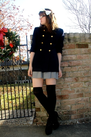 black welovecolors stockings - black Forever 21 shoes - coat