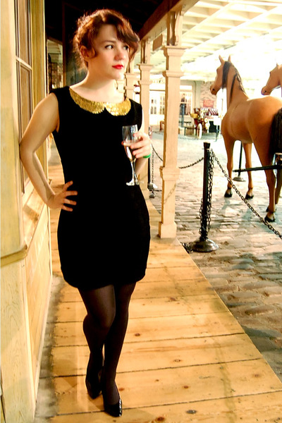 Black Homemade Dresses Gold Homemade Collar Accessories Black