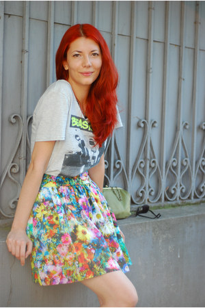 heather gray beastie boys H&M men t-shirt - flower print Zara skirt