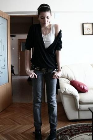 Naf Naf top - Mango sweater - Mango jeans