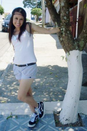blue shorts - white shirt - black skirt