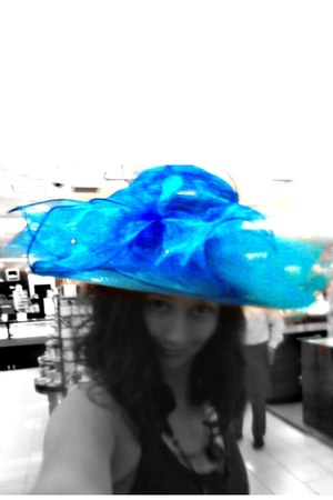 blue Dillards hat