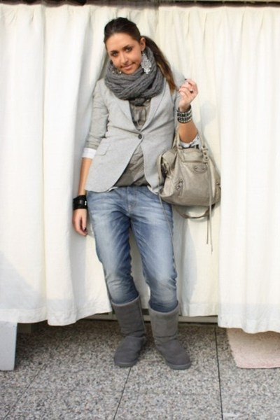 gray love it Zara blazer - gray grey tall Ugg boots - gray denim met jeans