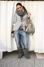 Gray-zara-blazer-gray-zara-t-shirt-gray-met-jeans-gray-ugg-boots-silver-
