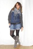 Zara blouse - no brand shirt - no brand belt - Zara boots - bancarella scarf - v